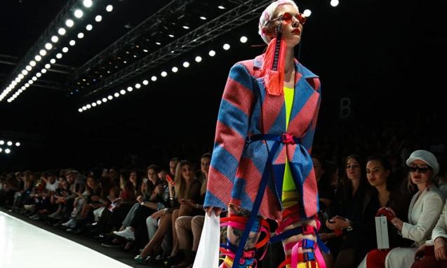 Moda Tasarım Eğitimi ile Kariyerinizi Stilize Edin